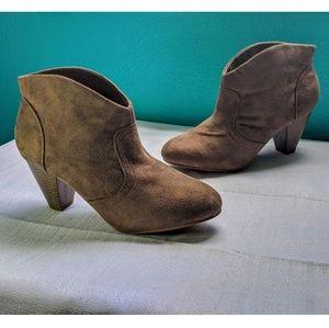 1b6152e0f82 Women Charlotte Russe Cowboy Boots on Poshmark